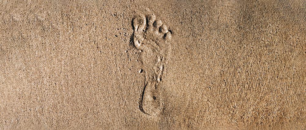 Trace de pied dans le sable