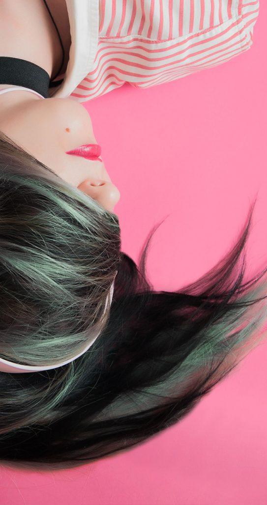 Mannequin femme cheveux verts